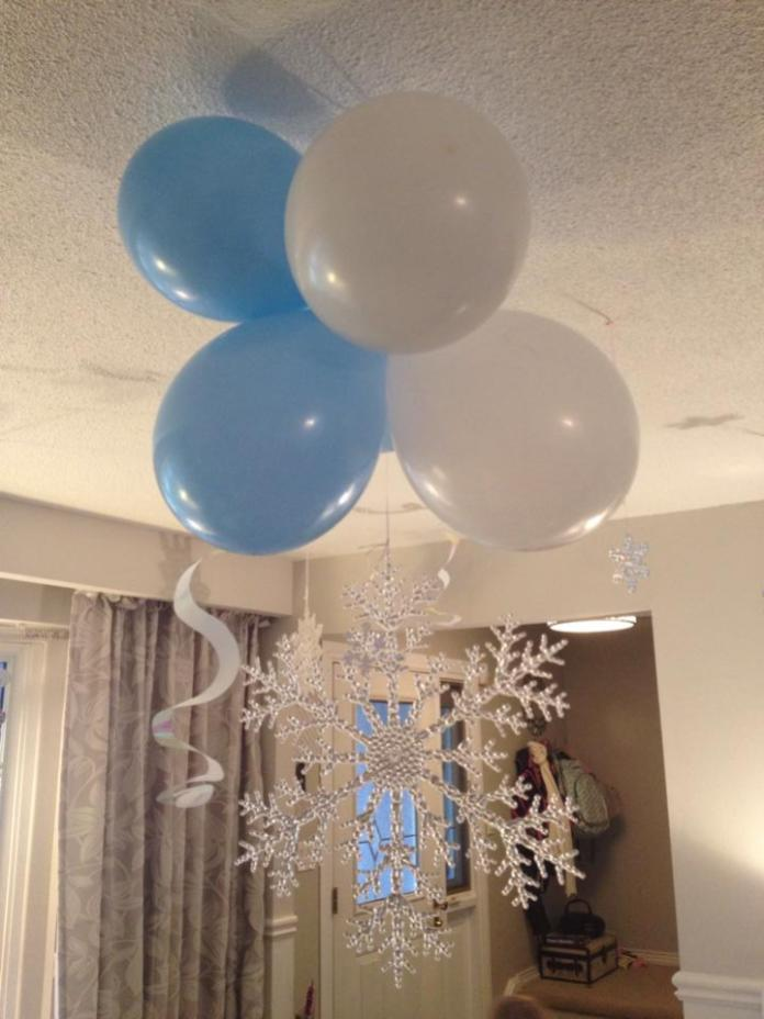 Who doesn't love a giant snowflake in the middle of the room?