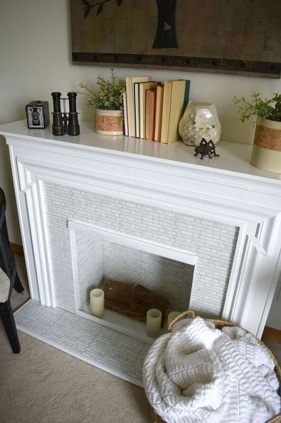 redoing-a-electric-fireplace-turning-it-bright-and-beautiful-diy-fireplaces-mantels-home-decor (1)