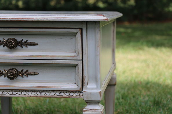 tag-sale-end-tables-refinished-in-gray-milk-paint-30dayflip-painted-furniture (2)